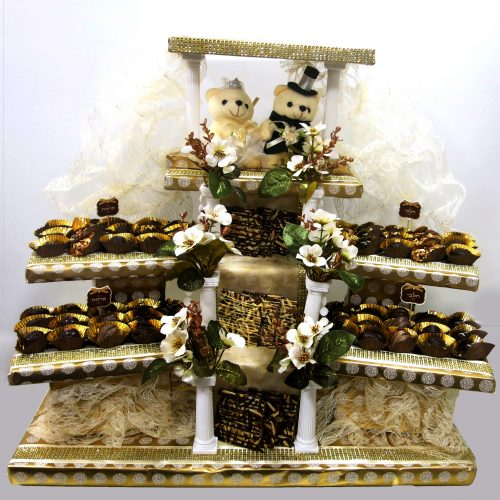 Chuppah with teddy and chocolates